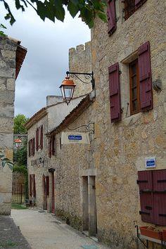 Larressingle, Midi-Pyrenees