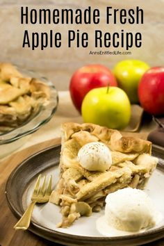 Homemade Fresh Apple Pie Recipe. This homemade apple pie recipe is made with fresh apples and a homemade apple pie crust. It is a wonderful pie to serve for dessert or take to picnics because this simple apple pie recipe tastes great and is so easy to make! This may be the best apple pie you will ever eat. Homemade Apple Pie Crust, Fresh Apple Pie Recipe, Best Apple Pie, Pear Recipes, Apple Pie Recipes, Sweets Recipes, Easy Pie Crust, Trifle Recipe, Fresh Apples