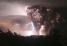 Lightning striking Chilean volcano mid-eruption - Imgur