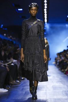 Dior Fashion Show Ready to Wear Collection Fall Winter 2017 in Paris