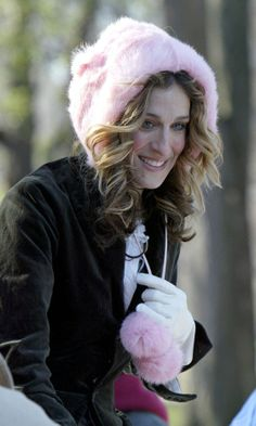 Carrie Bradshaw Outf