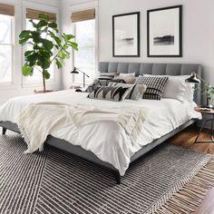 35 Amazingly Pretty Shabby Chic Bedroom Design and Decor Ideas - The Trending House Cozy Bedroom, White Bedroom, Modern Bedroom, Bedroom Decor, Bedroom Ideas, Ikea Bedroom, Bedroom Curtains, Bedroom Green, Trendy Bedroom