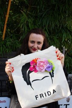 Frida kahlo flower crown tote bag