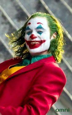 How to evaluate the Joker by Joaquin Phoenix? Joker Batman, Gotham Joker, Joker Film, Spiderman Movie, Joker And Harley Quinn, Joaquin Phoenix, Joker Photos, Joker Images, Fotos Do Joker