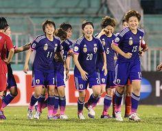 中国戦の延長後半、決勝ゴールを決め喜ぶなでしこ=22日、ベトナム・ホーチミン(AFP=時事) ▼23May2014時事通信|なでしこ、中国破り決勝進出=サッカー女子アジア杯 http://www.jiji.com/jc/zc?k=201405/2014052200961 #2014_AFC_Womens_Asian_Cup