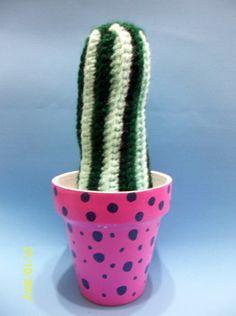 https://www.facebook.com/photo.php?fbid=168879659917039&set=a.168879286583743.40164.157374074400931&type=3&theater Cactus en crochet con maceta intervenida