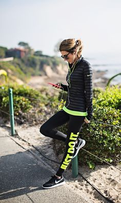 Perfect for winter runs and it is in my favorite colors - black and neon green