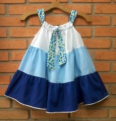 Pillowcase Dress -  Molde Grátis no Facebook - Free Pattern in Facebook. . . . . . . . . https://www.facebook.com/groups/1594730384185604/ . . . . . . . . . . . . . . . . . .baby - infant - toddler - kids - clothes for girls - Moldes Gratuitos - Free Patterns