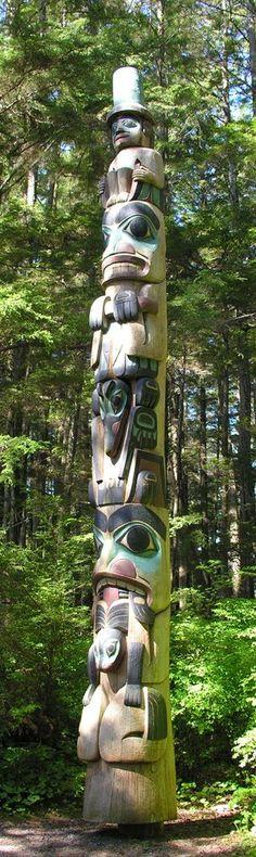 Totem Tiki 30cm en bois exotique sculpté main Style Maori