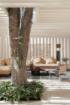Sibipirunas Concept House in Brazil by Studio Otto Felix | Yellowtrace