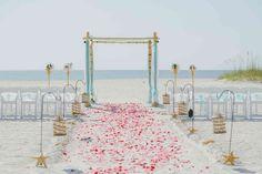Clearwater-Beach_Somerset-Street_Simply-Beautiful-+-Raised-Sand-Aisle1