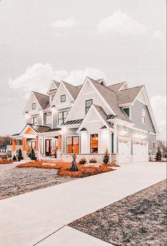Dream House Exterior, Dream House Plans, Dream Home Design, My Dream Home, Dream Life, Luxury Homes Dream Houses, Modern Farmhouse Exterior, Cute House, House Goals