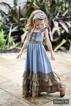 [Leah – dress] Mustard Pie – Emerald Dance Jade Maxi Dress in Chambray 2019 - Sommer Kleider Ideen Little Girl Dresses, Girls Dresses, Flower Girl Dresses, Kids Maxi Dresses, Dresses Dresses, Casual Dresses, Kids Winter Fashion, Fashion Kids, Jojo Fashion