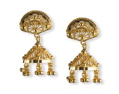 These little jhumkas by Tanishq are cute and yet intricate in design. Joyous Celebration, Punjabi Bride, Love Problems, Gold Earrings Designs, Marriage Problems, Jewelry Boards, Girls Dream, Love And Marriage