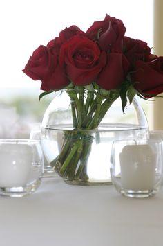 Beach Wedding - Red roses centerpiece