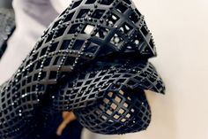 3D Printed Dress made for Dita von Teese by Francis Bitonti (3 Pictures   Clip)
