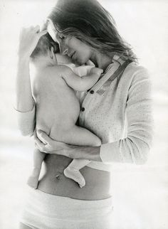 Patrick Demarchelier, Earth Mother, American Vogue, April 2010, Model: Gisele Bundchen