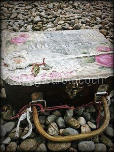 Suitcase by ch... #chbycarolacoch #vintage #scrapbooking #scrap #mixedmedia #homedecor