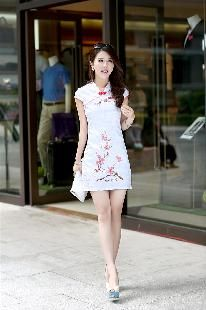 チャイナドレスロングスリット 韓流 タイトウエストチャイナ服 民族風 刺繍チャイナドレス --九六商圏 - 海外ファッション激安通販サイト   海外通販   個人輸入   日本未入荷の海外セレブファッション
