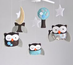 Come to think of it, owls could be a cute nursery theme. Especially since I like all the tree things.