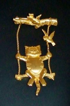 Vintage Signed JJ Gold Tone Kitty Cat Birds in Swing Brooch. Vintage Costume Jewelry, Vintage Costumes, Vintage Jewelry, Cat Jewelry, Animal Jewelry, Jewellery, Vintage Cat, Vintage Signs, Going For Gold