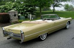 1966 Cadillac DeVille Convertible Cadillac Ct6, Cadillac Eldorado, Cabriolet, Car Parking, Exotic Cars, Luxury Cars, Cars Motorcycles, Hot Rods, Cool Cars