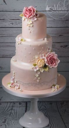 Floral Wedding Cakes, White Wedding Cakes, Elegant Wedding Cakes, Beautiful Wedding Cakes, Wedding Cake Designs, Wedding Cake Toppers, Beautiful Cakes, Elegant Cakes, Floral Cake