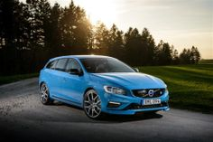 Jay Leno drives the #Volvo V60 Polestar A spot of double declutch before double maths #polester #drive http://www.drive.co.uk/volvo