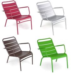 LOVE these French garden chairs that come i different playful colors. Actually I want a purple bench to add some color to my porch.
