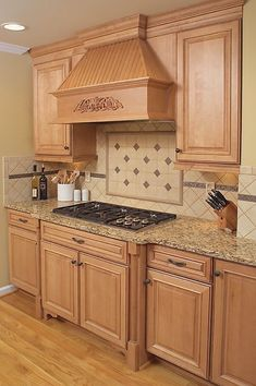 Ways to update old kitchen cabinets and the best paint for DIY kitchen cabinets. at the same … – White N Black Kitchen Cabinets Glass Kitchen Cabinet Doors, Kitchen Plinth, Modern Kitchen Cabinets, Kitchen Cabinet Design, Diy Cabinets, Painting Kitchen Cabinets, Kitchen Furniture, Kitchen Decor, Furniture Nyc