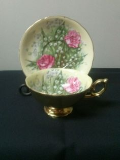 Vintage tea cup and saucer ~ Fancy china by Saji ~ Made in Japan