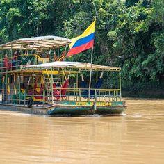 Caquetá, río Orteguaza,Ferry Marcopolo Crucero Fluvial Ecológico.
