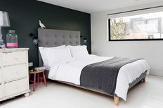 Inside a London Home Full of Contrasts via @domainehome