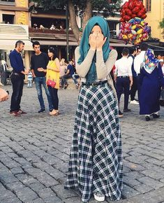 Love this outfit Islamic Fashion, Muslim Fashion, Modest Fashion, Fashion Outfits, Modest Wear, Modest Dresses, Modest Outfits, Skirt Outfits, Hijab Style Dress