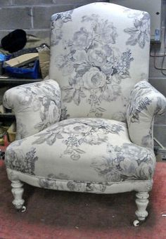 Foy and Co @Foy & Co  2h Re upholstered Antique Chair in a Wonderful Floral Linen printed Fabric available from http://www.foyandco.co.uk  pic.twitter.com/7dJ3gThxAw