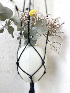 Filled with dried flowers - Eucalyptus / Craspedia Globosa / Statice Sinuata . Boho and Hygge style for every living area. Kitchen Herbs, Decorative Planters, Macrame Plant Hangers, No Plastic, Chrome Plating, Dried Flowers, Hygge, Living Area, Planting Flowers