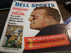 DELL SPORTS - PRO FOOTBALL PREVIEW SEPT 1966 - GREAT COVER   - VERY GOOD