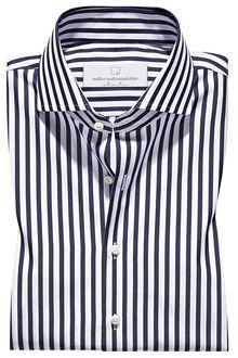 casual outfits date Navy Blue Dress Shirt, Shirt Dress, Man Dress Design, Gents Shirts, Mode Mantel, Mens Designer Shirts, Business Casual Men, Mens Fashion Suits, Well Dressed Men
