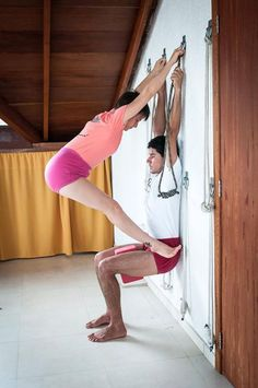 estiramientos  stretching  yoga  Utkatasana