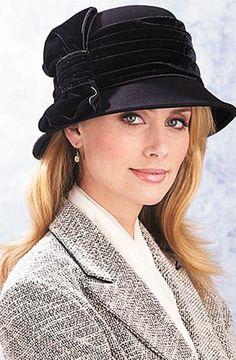 royal hat's V * ♥ * https://www.facebook.com/SWWLS.Dallas www.SocietyOfWomenWhoLoveShoes.org