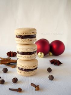 Pavlova, Macarons, Place Cards, Place Card Holders, Sweets, Cake, Christmas, Food, Drinks