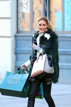 The Olivia Palermo Lookbook : Olivia Palermo shopping in New York