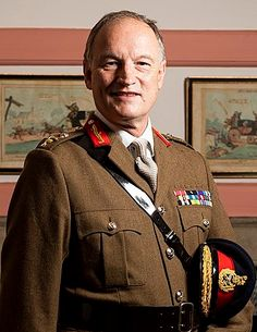 Alastair Bruce of Crionaich - Wikipedia Gran Hotel, Major General, Downton Abbey, Winchester, Famous People, The Past, Blazer, Vatican, Professor