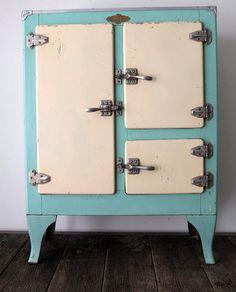 73 great antique ice boxes images antique furniture vintage rh pinterest com