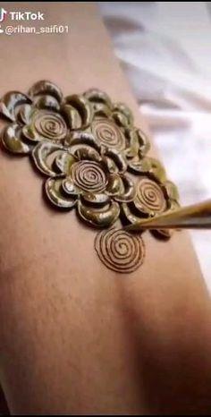 Henna Tattoo Designs Simple, Latest Bridal Mehndi Designs, Full Hand Mehndi Designs, Mehndi Designs For Beginners, Mehndi Designs For Girls, Mehndi Design Photos, Wedding Mehndi Designs, Mehndi Designs For Fingers, Dulhan Mehndi Designs