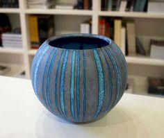 Porcelain Ceramics, Ceramic Bowls, Pottery Bowls, Pottery Art, Peter Beard, Glazing Techniques, Contemporary Ceramics, Simple Shapes, Clay Projects