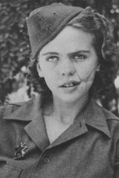 Девушки на войне. Альбина Мали-Хочевар - трижды раненная югославка из Словении, которая сражалась с 1941 года до Триеста в 1945 году. вторая мировая война, девушки, фотография, прошлое, 20 век, история, Война