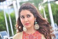 Rashi Khanna New Photos