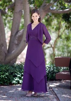 da29616ac8e 2015 Ruched Purple Tiers Sleeveless Chiffon V-neck Floor Length Mother of  the Bride Dresses Avanti