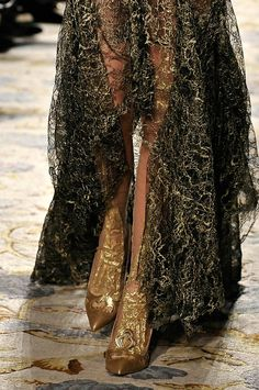 The Wawidoll Fashion Files: Marchesa Fall 2012 Details
